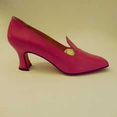 more #spring #shoes on #sale asap on #hearth web site www.hearth.biz #handmade in #rome by expert #artisans in #pink