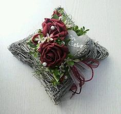 Arrangement Grave decorations Cushion Roses Heart In love Remembrance day Funeral floristry - Trauerfloristik - Christmas Home, Christmas Wreaths, Christmas Decorations, Holiday Decor, Cemetery Decorations, Remembrance Day, Funeral Flowers, Black Flowers, Creative Decor