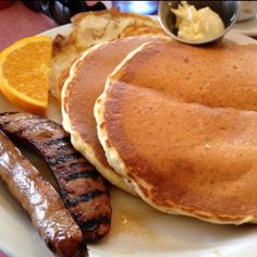 Pancakes, eggs and apple sausage