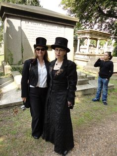 http://www.vice.com/en_uk/read/making-friends-at-the-goth-picnic