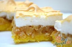 These Tart Lemon Squares are smooth, lemony, tart, and sweet all on top of a buttery shortbread crust! These Lemon Squares today! Lemon Squares Recipe, Candied Lemon Peel, German Cake, Czech Recipes, No Sugar Foods, Food Platters, Cata, Homemade Cakes, Cake Cookies