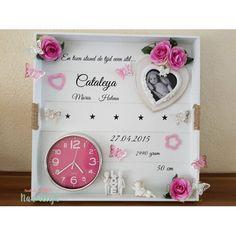 Stickers voor geboortebord Diy Gift Box, Diy Gifts, Baby Kind, Baby Love, Baby Shower, Baby Crafts, Diy And Crafts, Diy Shadow Box, Diy Bebe