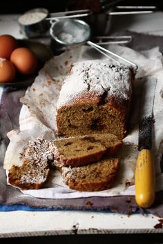 BAYADERKA: Easy banana bread and The Essential Baking / Easy banana bread & The Essential Baking book