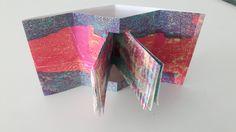 Vensterboekje. Papier met monoprint in lagen. Gemaakt door atelier Velijn Leonie Vollenberg