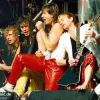 Def Leppard - Live at Monsters of Rock (1986)