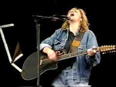 Melissa Etheridge - Like the way I do (Pinkpop 1990) - Stunning top video from the Pinkpop 20th Century Overview on Dutch TV in 1999. An overwhelming demo of 'symbiotic passion' by Melissa & Band at Pinkpop in 1990.