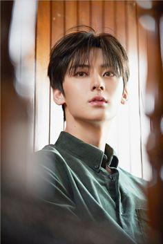 Nu Est Minhyun, Wattpad, Asian Actors, Korean Singer, Yoshi, Thailand, Celebs, Beauty, Character Design