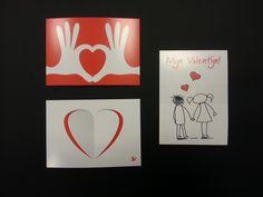 Setje valentijnskaarten gebonden met een plastic bandje. Achterop kunt u uw bedrijfslogo zetten en als leuke attentie versturen en weggeven aan uw klanten. U kunt de plastic wikkel ook vervangen door een papieren wikkel met uw logo.