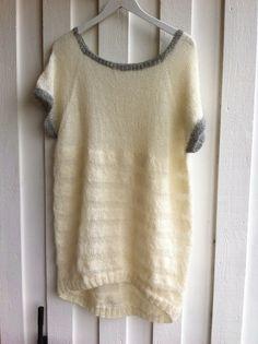 Sommer-strik-kjole. Blød højlandsuld og islandsk pladegarn.                            Hand made by Christel
