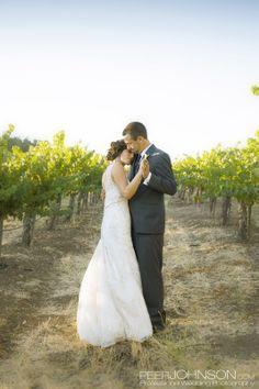 carmody mcknight36 Carmody McKnight Winery Wedding Vineyard Wedding Photos by: Peer Johnson Photography