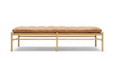 OW150 daybed designed by Carl Hansen