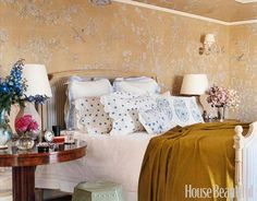A Garden-Inspired Bedroom