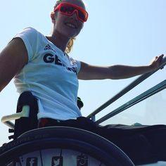 Campeã mundial e medalhista de ouro alemã @edinamueller07  curte o dia na Lagoa Rodrigo de Freitas. Welcome! #rio2016 #paralympics #canoagem