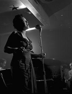 Billie Holiday performing at Lindsay's Sky Bar, circa Photograph of Billie Holiday by Frank Kuchirchuk © 2009 Oberlin Conservatory of Music, Oberlin, Ohio. Billie Holiday, Jazz Artists, Jazz Musicians, You Rock My World, Holiday Games, Miles Davis, Jazz Blues, Mans World, Lady Diana