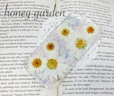 ♡...世界でたった1つのケースを心掛けて 心をこめて丁寧に作っております...♡ノースポールと淡いカラーの紫陽花をたっぷり使ったiPhone5/5s用の...|ハンドメイド、手作り、手仕事品の通販・販売・購入ならCreema。