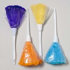feather duster with plastic handle Case of 48