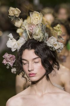 New fashion art photography haute couture spring summer 57 Ideas – Elaine Casey Dior Haute Couture, Christian Dior Couture, Christian Siriano, Spring Photography, Portrait Photography, Fashion Photography, Photography Ideas, Fashion Art, New Fashion