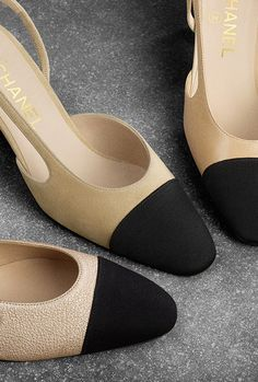 Shoes of the Reorders CHANEL Fashion collection : Sling-Back, goatskin & grosgrain, beige & black on the CHANEL official website. Chanel 2015, Sneakers Fashion, Fashion Shoes, Mode Chanel, Chanel Style, Valentino, French Fashion Designers, Only Shoes, Chanel Shoes