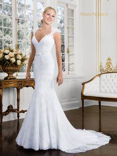 Agatha - Poème 26 #vestidosdenoiva #noiva #vestidodenoiva #bride #wedding #casamento #weddingdress #weddingdresses #bridaldress