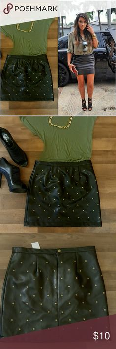 """Get the look! NWT gold studded faux leather skirt New with tags. Size Medium. Length approximately16"""". Skirts Mini"""