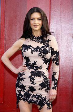 Charming seductress Catherine Zeta Jones