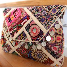 SAPA by NAWERI 129€ Boho clutch made from antique embroidered fabrics. Pochette confectionnée à partir de tissus brodés antiques. Modèle unique.
