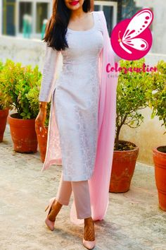 Silk Kurti Designs, Simple Kurta Designs, Kurta Designs Women, Kurti Designs Party Wear, Latest Kurta Designs, Latest Kurti, Casual Indian Fashion, Indian Fashion Dresses, Indian Designer Outfits