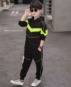 Handsome Kids, Boy Outfits, Fashion Outfits, Team Wear, Kids Fashion Boy, Kind Mode, Evening Dresses, Sportswear, Street Wear