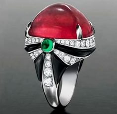 Bulgari - White golden ring with Ruby and diamonds and 2 small emeralds