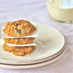 Peanut Butter-Oatmeal Cookies With Coconut Oil : The Wimpy Vegetarian Coconut Oil Cookies, Baking With Coconut Oil, Coconut Peanut Butter, Gluten Free Peanut Butter, Peanut Butter Oatmeal, Chocolate Chip Oatmeal, Oatmeal Cookies, Chip Cookies, Healthy Sweet Treats