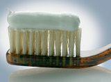 Tres recetas para hacer pasta de dientes