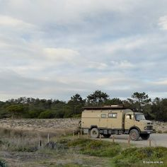 steffi_mania#roadtrip Day 63 #Algarve It is cloudy today. We will take the chance to stay inside our cozy home.  You are driving with the camper in Portugal? Use #vanlifeportugal This is #vanlife #vanlifeportugal #vanlifemovement #vanlifediaries #vanliver #rvlife #camplife #homeiswhereyouparkit #vanlove #vanlifers #vanlifer #keineeile #twitter #vanlifeexplorers #vanlifestyle #kurzhauber #mb710 #mercedes #roadtrip #alentejo #portugal
