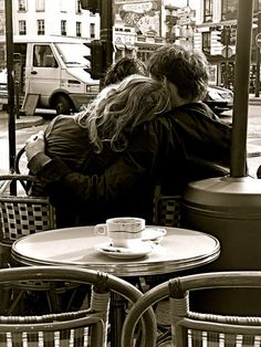 The Coffee of Lovers in Paris .. www.pizzocipriaebouquet.com