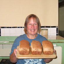 My Violin teacher's whole wheat bread recipe! Wheat Bread Recipe, Bread Recipes, Healthy Treats, Healthy Eating, Whole Wheat Bread, Bread Rolls, Hot Dog Buns, Violin, Donuts