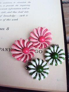 Vintage Retro Metal Flower Earrings Painted by primitivepincushion