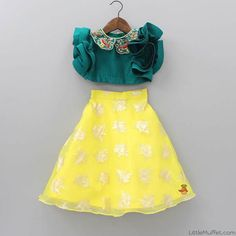 To order whatsapp on👌👌👌 Indian Dresses For Kids, Kids Indian Wear, Kids Ethnic Wear, Dresses Kids Girl, Kids Outfits, Baby Dresses, Kids Dress Wear, Kids Gown, Kids Wear