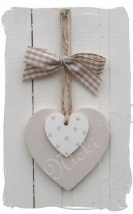 Wooden heart or clay decoration Wooden Hearts Crafts, Heart Crafts, Wooden Crafts, Clay Crafts, Diy And Crafts, Arts And Crafts, Heart Decorations, Valentine Decorations, Valentine Day Crafts