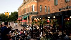 Alfresco dining in Old Town Fort Collins