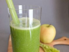 The Sinusitis Fighter Juice.  Nasal congestion caused by sinusitis can easily be alleviated by drinking fresh juices, and making some diet adjustments. Try this juice now..  Ingredients: 2 oranges, 1 green apple, handful of kale, handful of cilantro, 1 lemon, 1 in. ginger root, 1 and 1/2 teaspoon Apple Cider Vinegar.