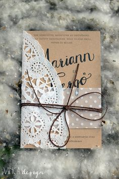 Vinca Design, wedding invitation, wedding stationery, rustic wedding invitation, natural wedding invitation, recycled paper // esküvői meghívó, rusztikus esküvői meghívó, natúr esküvői meghívó, újrahasznosított papír Cv Design, Wedding Decorations, Stationery, Gift Wrapping, Rustic, Gifts, Gift Wrapping Paper, Country Primitive, Design Resume