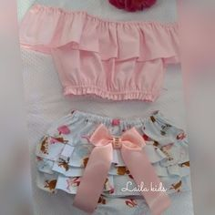 Resultado de imagem para molde de calcinha bunda rica Baby Dress, Little Girl Dresses, Little Girl Fashion, Kids Fashion, Girls Dresses, Cute Outfits For Kids, Boy Outfits, Cute Baby Clothes, Kids And Parenting