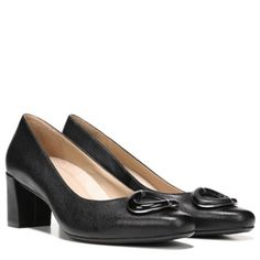 Go from the office to date night with the versatile Kyran pumps from Naturalizer.New premium N5 Contour technology, featuring a patented contoured footbed with superior arch and heel support, dual-density cushioning, a cool and breathable lining, lightweight materials, and flexibility that moves with youLeather upper in a detailed dress style with a square toeTonal ring detail with metallic touches at the vampNon-slip outsole for stability, 2 1/4 inch heel