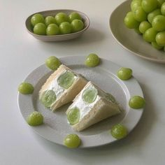Matcha, Cute Food, Yummy Food, Mint Green Aesthetic, Cute Desserts, Greens Recipe, Pretty Green, Aesthetic Food, Cravings
