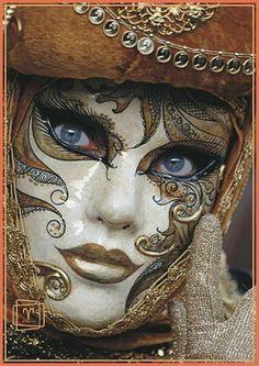 Mask - venetian C - Mardi Gras Carnival, Venetian Carnival Masks, Carnival Of Venice, Venetian Masquerade, Masquerade Ball, Venetian Costumes, Costume Venitien, Venice Mask, Beautiful Mask
