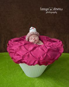 » Blog Newborn baby as a cupcake cherry, sleepy newborn poses, sweet newborn images, Tanya Downs Photography