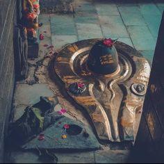 ॐ पार्वतीपतये नमः 🙏 #Mahakal #shiva #lordshiva #bholenath #ShivShankara #shankar #bolenath #shivshankar #mahadev #Shivlinga #shivling #shivshambhu #shivbhakti #Namah #shivtandav #shivshakti #shambu #shivshambhu #shivbhakti #HinduTemple #tandav #Om #shivtandav #jaishivshankar #BhaktiSarovar