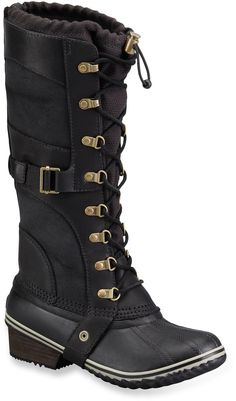 Must have these! The insulated Sorel Conquest Carly winter boots are equal parts confident and sophisticated. They offer lightweight, cozy performance to keep your feet warm with plenty of style.