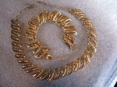 Golden Treasures.   Vintage Coro Necklace Bracelet Goldtone