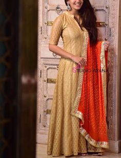 Orange Spray - Exquisite Silk Gowns from Studio Ayana! Western Dresses, Western Outfits, Indian Outfits, Ootd Fashion, Skirt Fashion, Party Wear Long Gowns, Casual Wear Women, Weekly Outfits, Indian Gowns