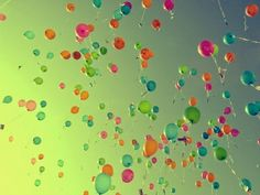 RENGARENK BALONLAR http://tuzvbiber.blogspot.com.tr/2014/07/renkli-balonlar.html